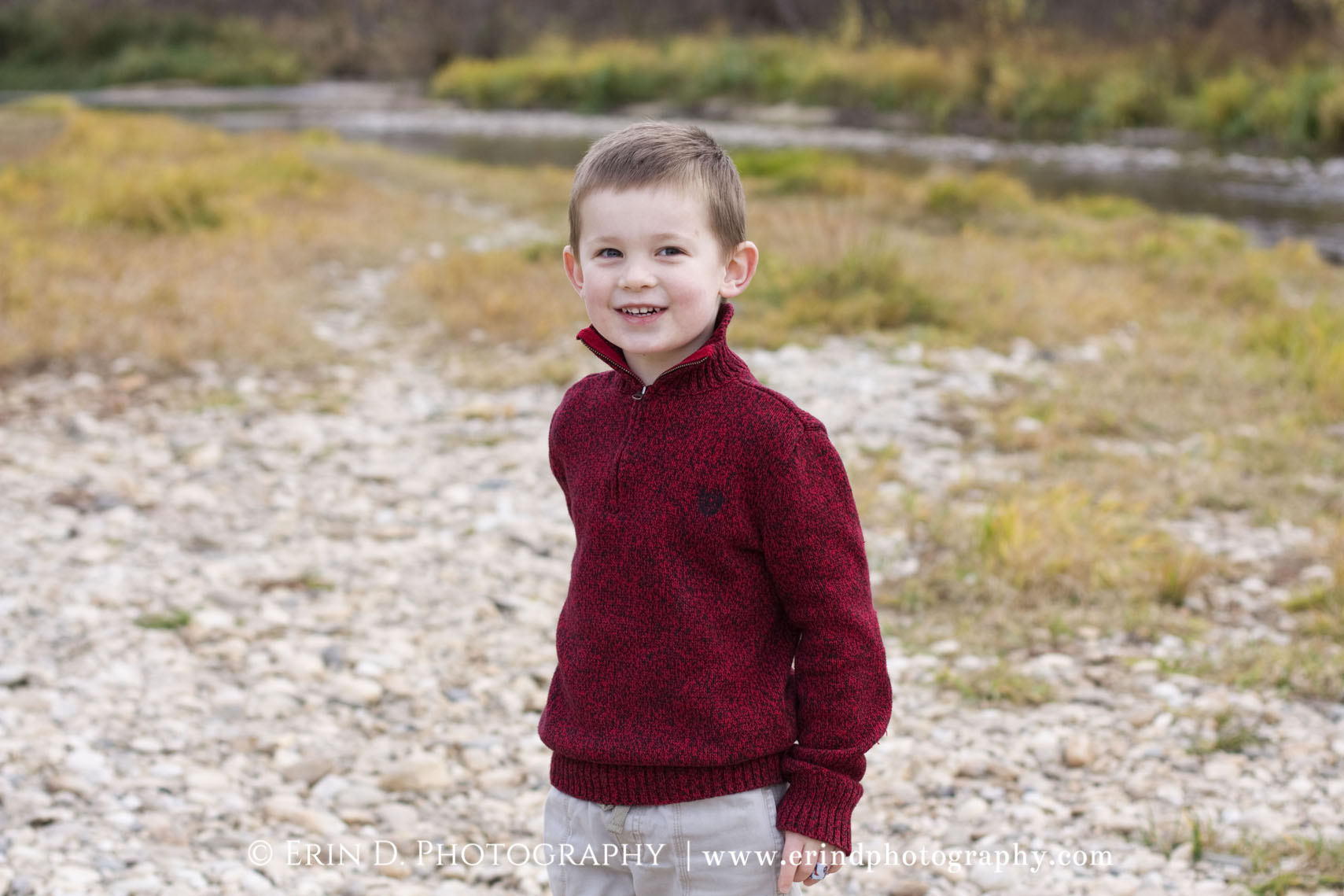 Family Christmas Card Pictures | © Erin D. Photography | erindphotography@gmail.com